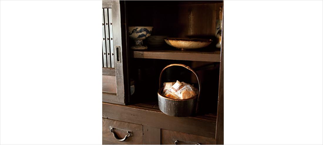 お家で食べる箪笥菓子イメージ